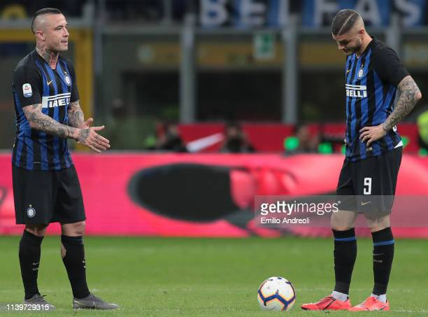 Radja Nainggolan and Mauro Emanuel Icardi of FC Internazionale show their dejection during the Serie A match between FC Internazionale and Juventus...