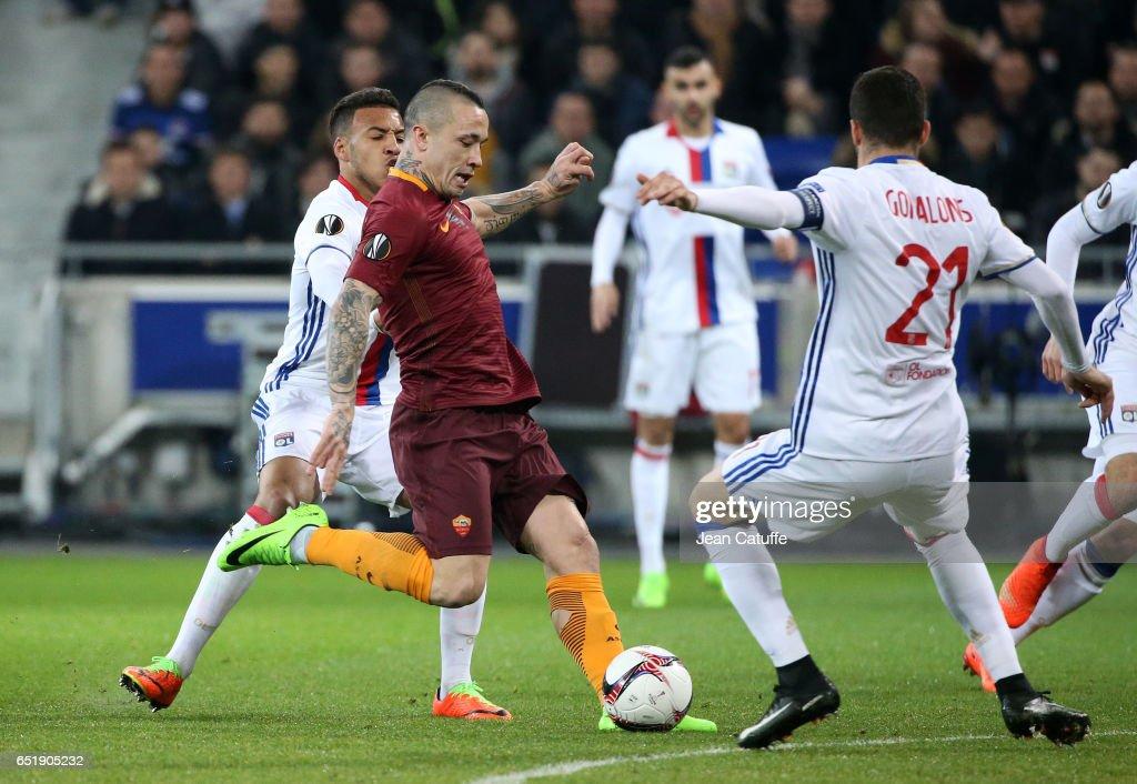 Olympique Lyon v AS Roma - UEFA Europa League Round of 16: First Leg : News Photo