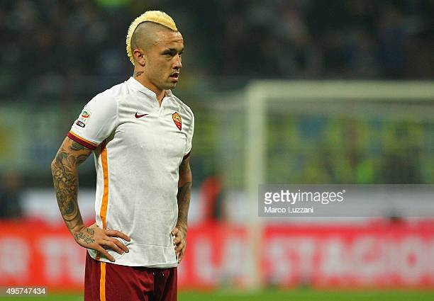 Radja Nainggolan of AS Roma looks on during the Serie A match between FC Internazionale Milano and AS Roma at Stadio Giuseppe Meazza on October 31...