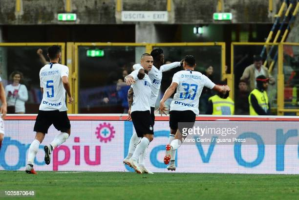Radja Nainggolan of FC Internazionale celebrates after scoring the opening goal during the serie A match between Bologna FC and FC Internazionale at...