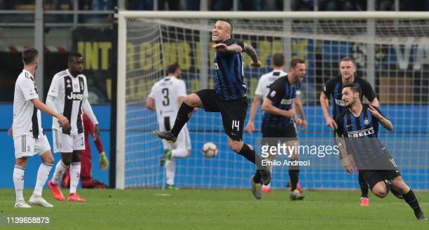 Radja Nainggolan of FC Internazionale celebrates after scoring the opening goal during the Serie A match between FC Internazionale and Juventus at...