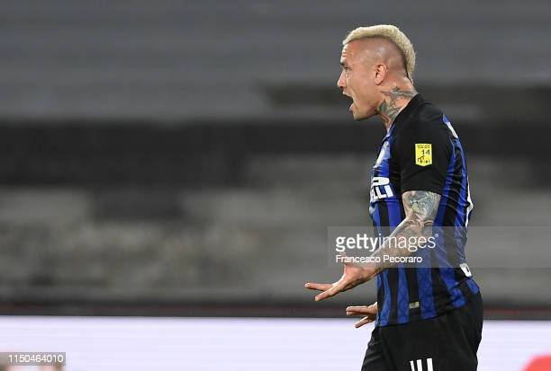 Radja Nainggolan of FC Internazionale in action during the Serie A match between SSC Napoli and FC Internazionale at Stadio San Paolo on May 19, 2019...