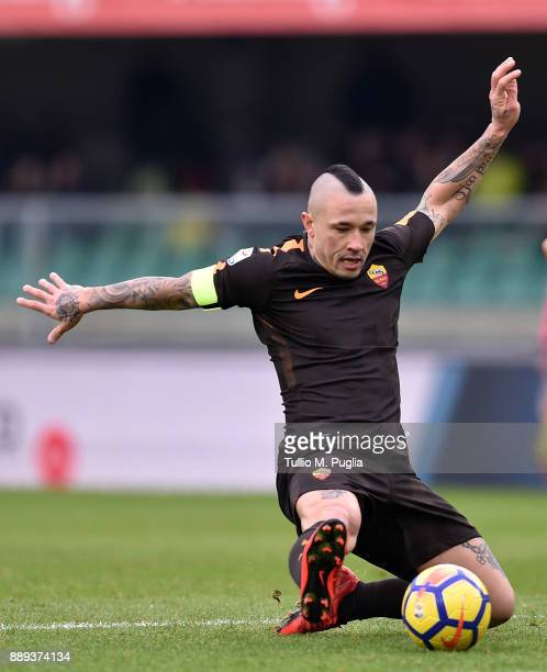 Radja Nainggolan of Roma in action during the Serie A match between AC Chievo Verona and AS Roma at Stadio Marc'Antonio Bentegodi on December 10 2017...