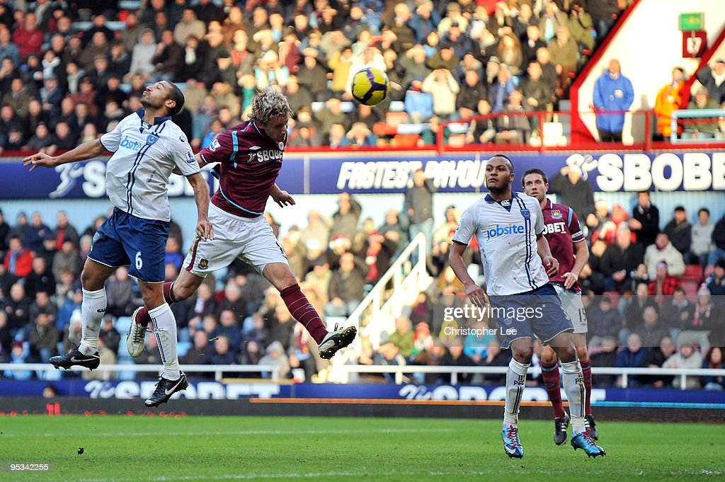 Radoslav Kovac of West Ham United scores the second goalduring the Barclays Premier League match between West Ham United and Portsmouth at Boleyn Ground on December 26, 2009 in London, England.