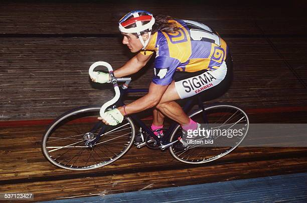Radrennfahrer D in Aktion SechsTageRennen 1991