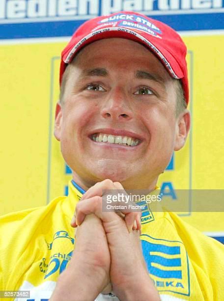 Radsport / Rad Strasse: Deutschland Tour 2004, 3. Etappe, Wangen - St. Anton; Patrik SINKEWITZ / GER - Quick Step - jubelt ueber den Gewinn der 3....