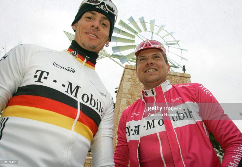 Radsport: Team T-mobile 2005, Trainingslager : ニュース写真