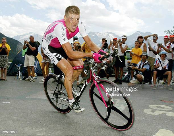 Radsport Tour de France 2004 16 Etappe / Bourg d'Oisans L'Alpe d'Huez Einzelzeitfahren Jan ULLRICH / TMobile / GER 210704