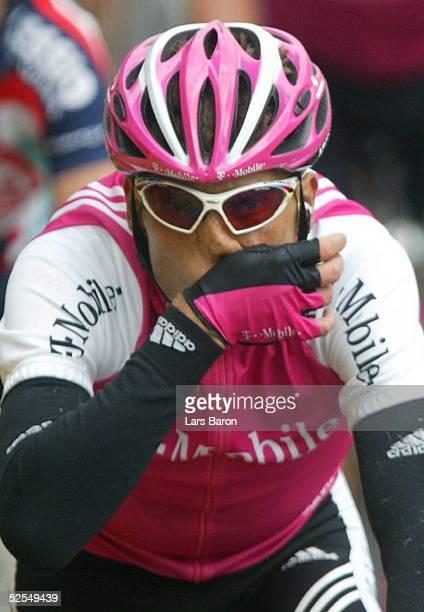 Radsport Tour de France 2004 2 Etappe / Charleroi Namur Leicht verschnupft Jan ULLRICH / GER / TMobile 050704