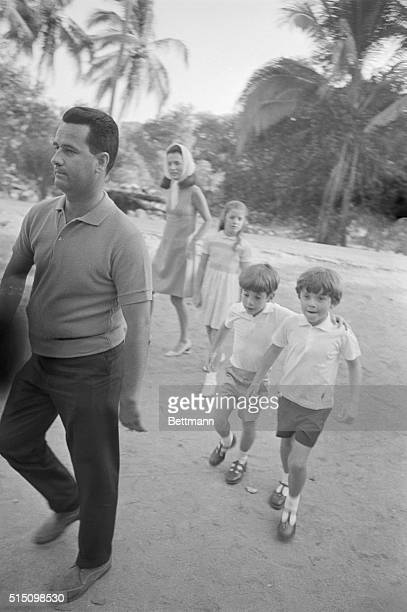 RadziwillAnthony son of Princess Lee Radziwell with his cousin John Kennedy Jr as his mother Princess Lee Radziwill and Caroline follow them to...