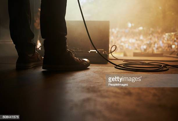 raedy to perform - backstage stock pictures, royalty-free photos & images