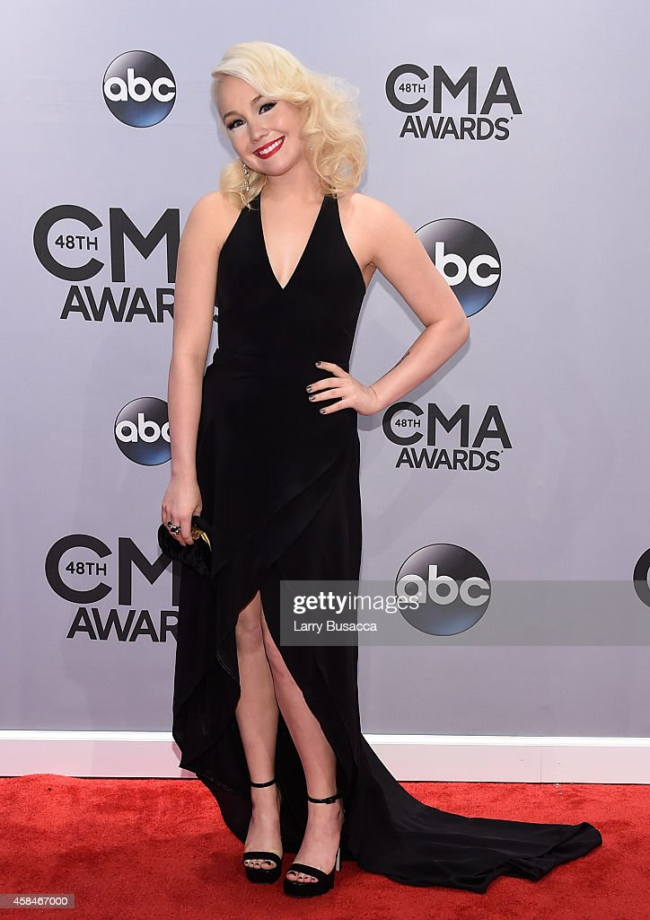 48th Annual CMA Awards - Arrivals : News Photo