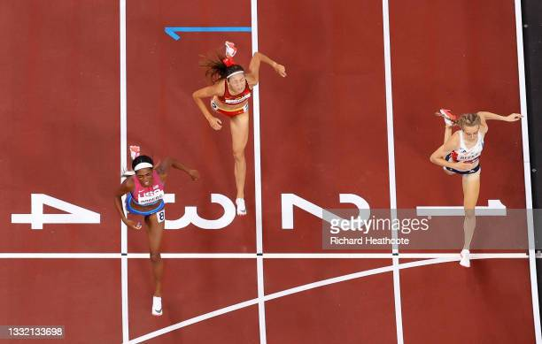 Raevyn Rogers of Team United States finishes ahead of Jemma Reekie of Team Great Britain for the bronze medal in the Women's 800m Final on day eleven...