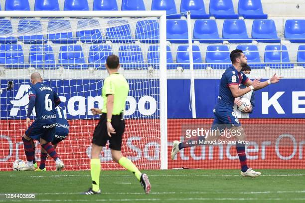 Rafa Mir of SD Huesca celebrates after scoring his team's first goal during the La Liga Santander match between SD Huesca and SD Eibar at Estadio El...
