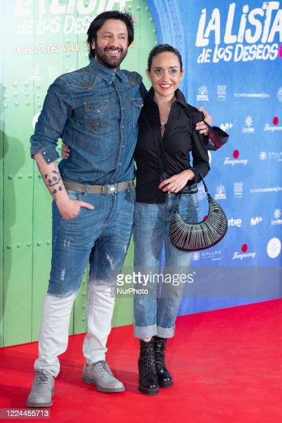 Rafael Amargo poses for the photographers during the premiere of the film 'La lista de deseos' directed by Spanish film maker Alvaro Diaz Lorenzo at...