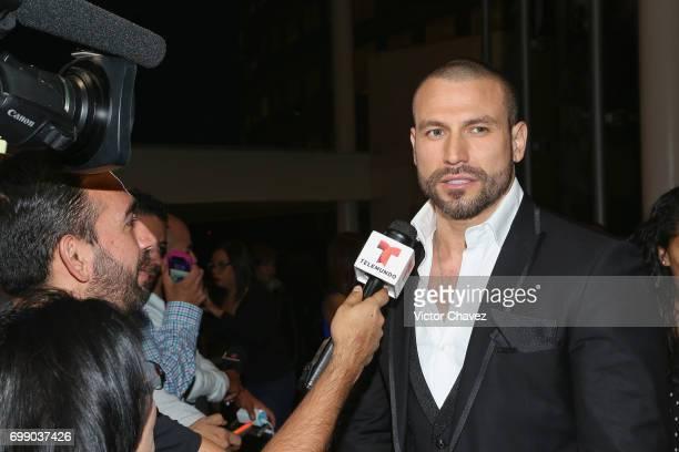 Rafael Amaya attends 'El Senor De Los Cielos' season 5 premiere red carpet at Cinemex Antara Polanco on June 20 2017 in Mexico City Mexico