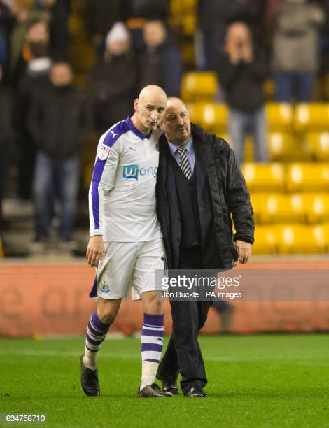 Rafael Benitez and Newcastle United's Jonjo Shelvey celebrate victory during the Sky Bet Championship match at Molineux Wolverhampton