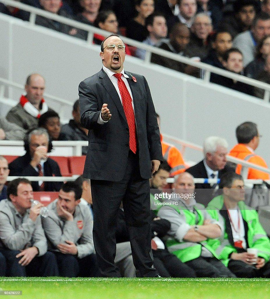 Rafael Benitez manager of Liverpool gives out the orders during the match between LiverpooL FC and Arsenal during the Carling Cup Fourth round at Emirates Stadium on October 28, 2009 in London, England.