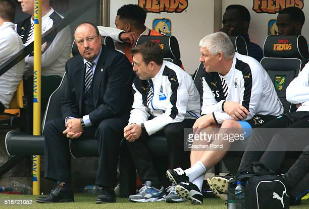 Rafael Benitez manager of Newcastle United looks on during the Barclays Premier League match between Norwich City and Newcastle United at Carrow Road...