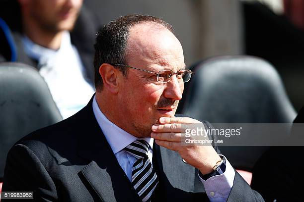 Rafael Benitez manager of Newcastle United looks on prior to the Barclays Premier League match between Southampton and Newcastle United at St Mary's...