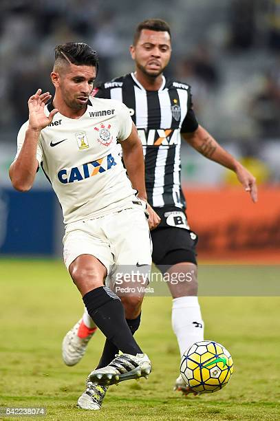 Rafael Carioca of Atletico MG and Guilherme of Corinthians battle for the ball during a match between Atletico MG and Corinthians as part of...