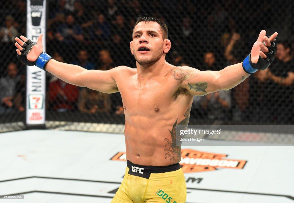 UFC Fight Night: Lawler v Dos Anjos : News Photo