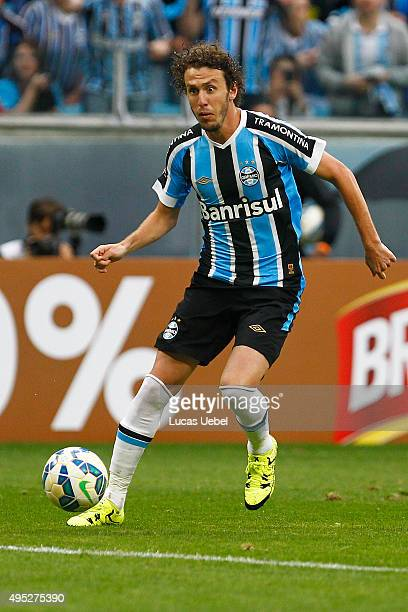 Rafael Galhardo of Gremio during the match Gremio v Flamengo as part of Brasileirao Series A 2015 at Arena do Gremio on November 01 2015 in Porto...