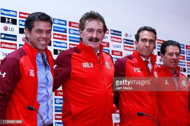 Rafael Garcia Ricardo Antonio La Volpe Francisco Suinaga and Jaime Leon pose during a press conference to make the official announcement of Toluca...
