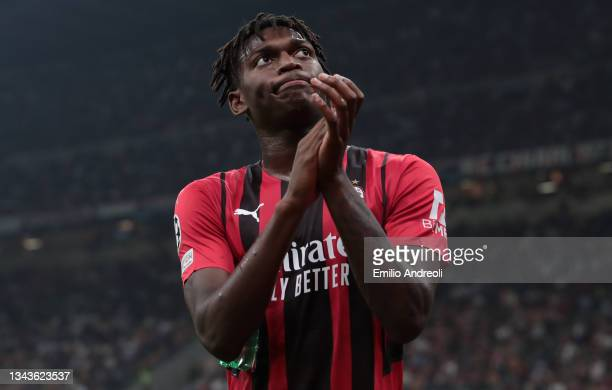 Rafael Leao of AC Milan greets the fans during the UEFA Champions League group B match between AC Milan and Atletico Madrid at Giuseppe Meazza...