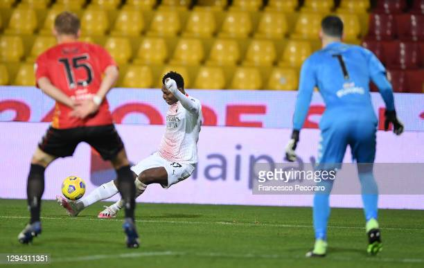 Rafael Leao of AC Milan scores their sides second goal past Lorenzo Montipo of Benevento during the Serie A match between Benevento Calcio and AC...