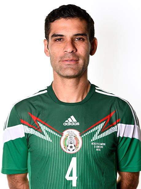 ¿Cuánto mide Rafa Márquez? - Altura - Real height Rafael-marquez-of-mexico-poses-during-the-official-fifa-world-cup-picture-id450319386?k=6&m=450319386&s=612x612&w=0&h=g3VF7a_afUqvdALSKn38CaiAlx5bffR6KBgO_zrPSOQ=