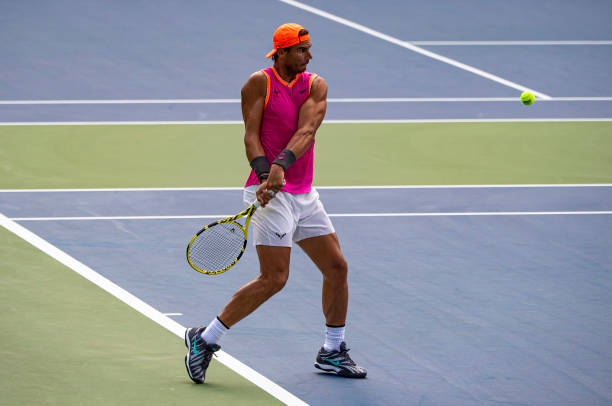 US OPEN HOMMES 2019: les photos et vidéos   Rafael-nadal-of-spain-practices-with-coach-francisco-roig-before-the-picture-id1169552411?k=6&m=1169552411&s=612x612&w=0&h=uYd73FgB2w9AxuUvv_mKbr_ZTe5Fw2mg8UDmP9QBJ6I=