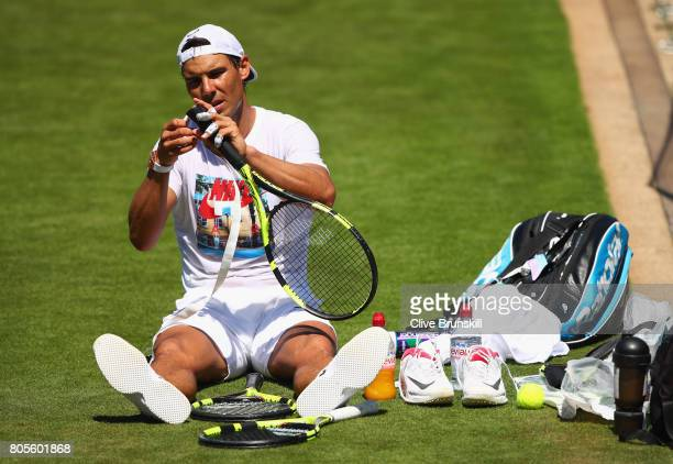4 954 Rafael Nadal Racquet Photos And Premium High Res Pictures Getty Images