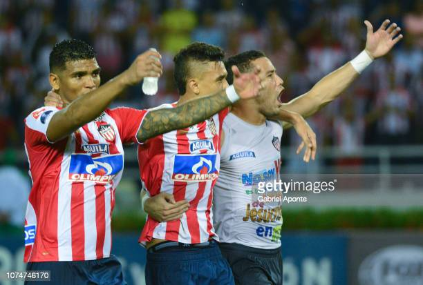 Rafael Perez Victor Cantillo Jose Luis Chunga players of junior celebrate their team qualifying to the final after the semifinal second leg match...
