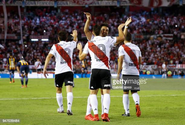Rafael Santos Borre of River Plate celebrates with teammates after scoring the first goal of his team during a match between River Plate and Rosario...