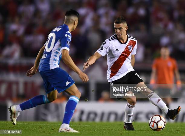 Rafael Santos Borre of River Plate drives the ball during a round of sixteen second leg match between River Plate and Racing Club as part of Copa...