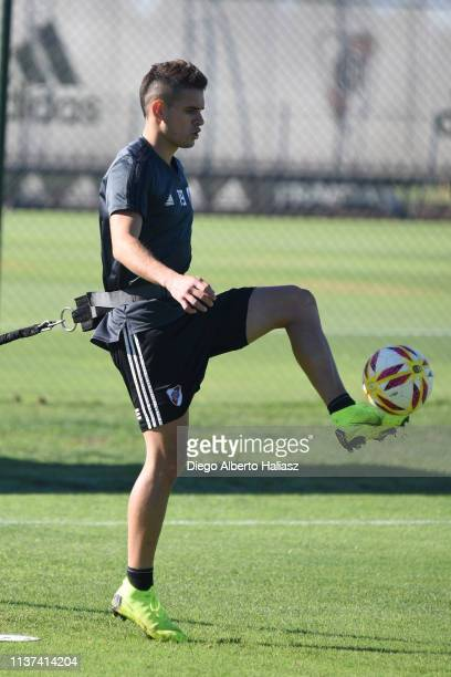 Rafael Santos Borre of River Plate kicks the ball during a training session at River Camp Ezeiza on March 21 2019 in Buenos Aires Argentina