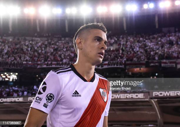 Rafael Santos Borre of River Plate looks on before round of sixteen second leg match between River Plate and Aldosivi at Estadio Monumental Antonio...