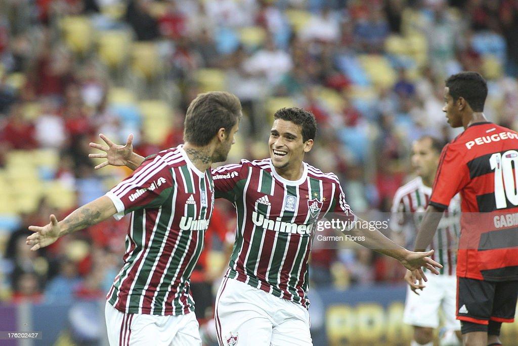 Fluminense v Flamengo - Brazilian Serie A 2013