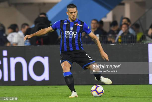 Rafael Toloi of Atalanta BC controls the ball during the serie A match between SPAL and Atalanta BC at Stadio Paolo Mazza on September 17 2018 in...