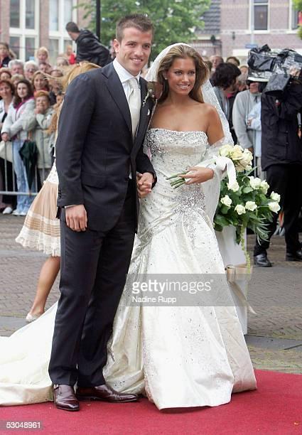 Rafael van der Vaart and Sylvie Meiss during their wedding ceremony on June 10, 2005 in Heemskerk, Netherlands.