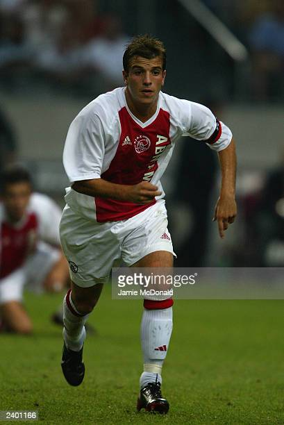 Rafael van der Vaart of Ajax in action during the Sony Amsterdam Tournament match between Ajax and Inter Milan held on August 3 2003 at the Amsterdam...