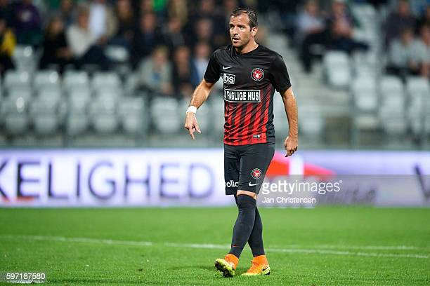 Rafael van der Vaart of FC Midtjylland looks on during the Danish Alka Superliga match between Viborg FF and FC Midtjylland at Energi Viborg Arena on...