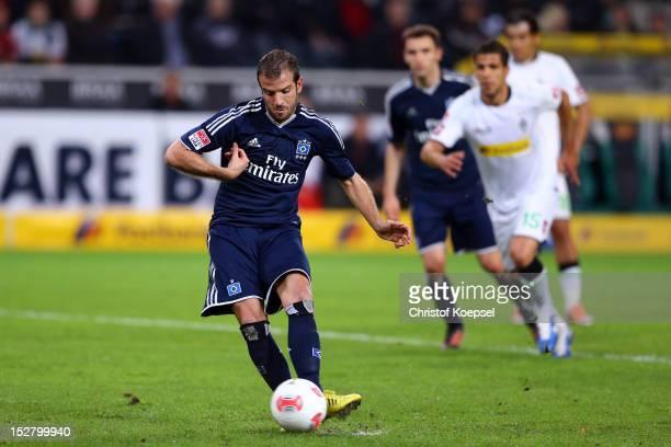 Rafael van der Vaart of Hamburg shoots but failes a penalty during the Bundesliga match between Borussia Moenchengladbach and Hamburger SV at...