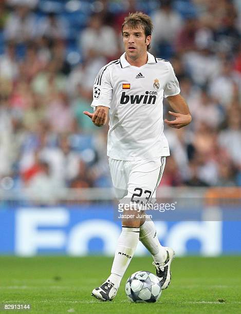Rafael van der Vaart of Real Madrid gestures to his teammates as he controls the ball during the UEFA Champions League Group H match between Real...