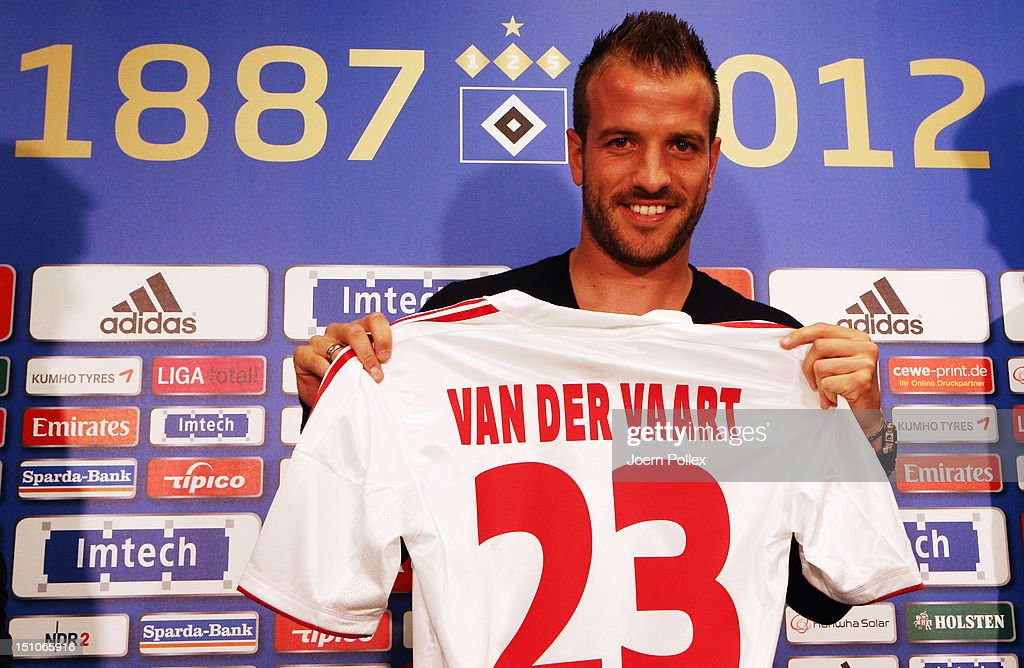 Rafael Van Der Vaart Signs For Hamburger SV : News Photo