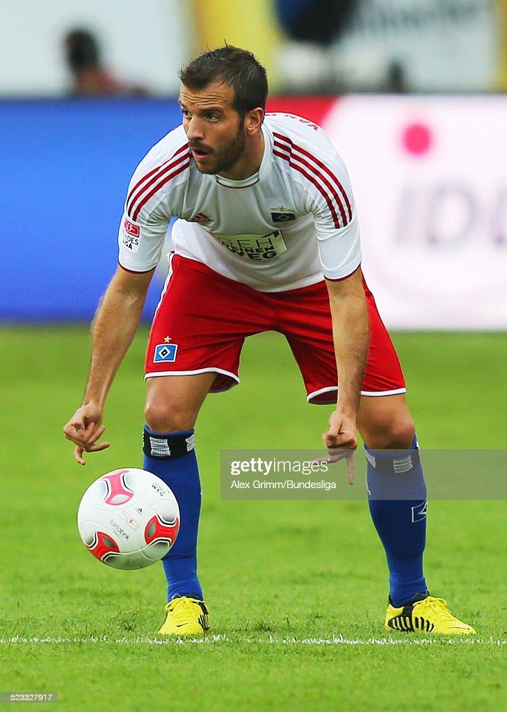 Rafael Van Der Vaart Waehrend Des Bundesliga Spiels Zwischen News