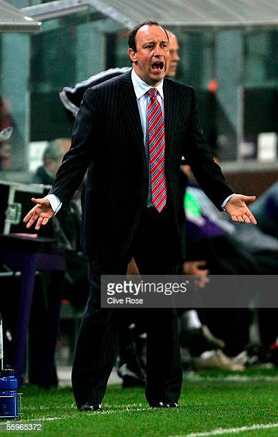 Rafeal Benitez of Liverpool shouts during the UEFA Champions League group G match between RSC Anderlecht and Liverpool at the Constant Vanden Stock...