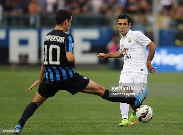 Raffa Marquez of Verona is challenged by Giacomo Bonaventura during the Serie A match between Atalanta BC and Hellas Verona FC at Stadio Atleti...