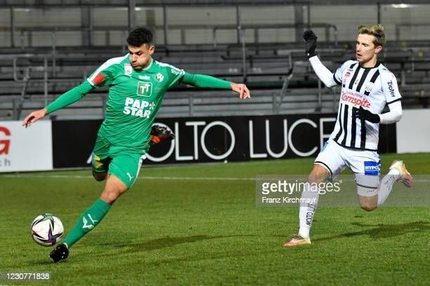 Raffael Behounek of WSG Tirol and Johannes Eggestein of LASK during the tipico Bundesliga match between LASK and WSG Swarovski Tirol at Raiffeisen...